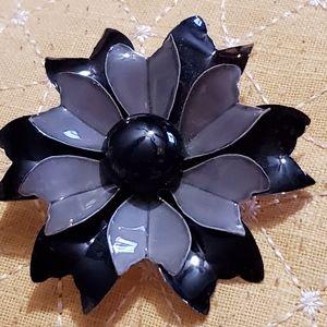Jewelry - Hand made brooch